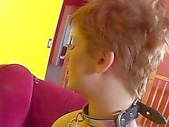 Redhead de pelo corto pervertido Vixxen