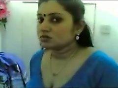 Chubby Indian MILF