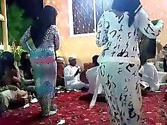 Tanssi Hijab kuusi