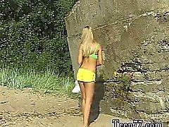 De linda se nus à la plage