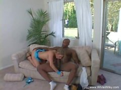Curious MILF Tries Interracial BBC