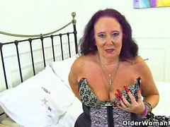 British gilf Zadi still loves that stuffed feeling