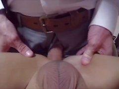 Ragazzi asiatici martellati da un grosso cazzo bianco (9 scene!)
