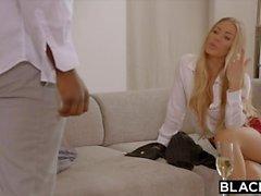 BLACKED Nicole Aniston è doppiamente affiancata dalla BBC nel suo giorno libero