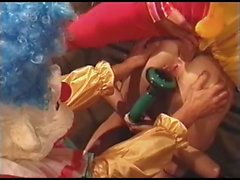 Clowns Kaitlyn Ashley'e sikme