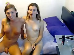Shemale - Hot lesbian couple on webcam