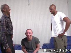 Gülünç cilalama adamı siyah erkekler by assfucked olur