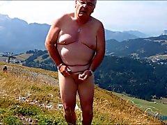 24-branlette ejaculation a la montagne