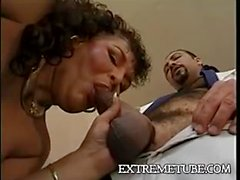 Mature tranny in a vintage fucking act