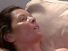 Córneo Monja maduros y el la perra de sexo lesbiano ( de rol )