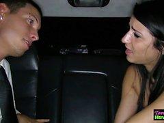 limuzinde becerdin balo genç