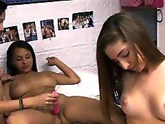 Watch these college girls reach orgasm