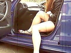 Asiatico del CD con le prese gambe sexy della e viene sul piede