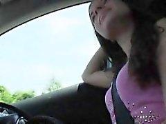Örgülü gençlik Anita B arabanın içinde bir yabancı dostum tarafından ripped
