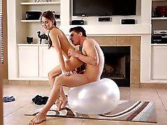 Красивый ебля - Too сексуальный девушка фитнес
