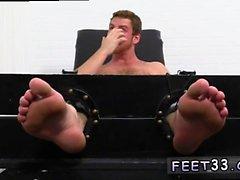 Películas sexuales de muñecas sexuales Connor Maguire Jerked & Tickle d