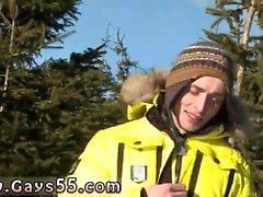 Öffentliche Akt Homosexuell und Outdoor Solo männlichen Stripper Snow Bunnies