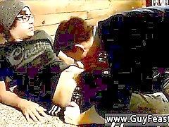 Видео порнография от Бенджи Эллиота предлагает своего Boyfriends брата в