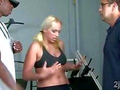 Big brotha seduces big boobed blonde MILF at the gym