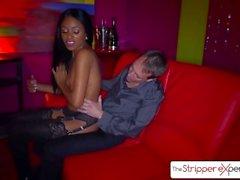 The Stripper Experience - Anya Ivy è punita da un grosso cazzo, grande bottino