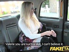 Fake Taxi iyi sikme anal seks ve sarışın için büyük yüz