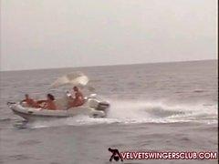 Velvet Swinger Clubs Bang Orgien und die auf einer Yacht sich Muss man gesehen