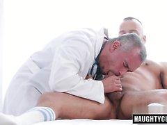 anale cazzo grosso medico facciale e