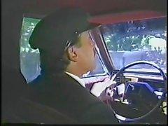 Bridgette Monet wird von ihrem Limo Driver verführt und hart auf limo backsit durchgefickt