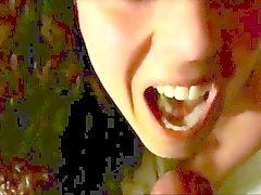 Spermat kaunis suussa