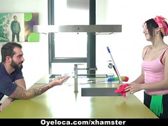 OyeLoca - nettoyant Latina Cleans House And du sexe !