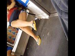 Rehellisen teini varpaat käytännössä sandaalit