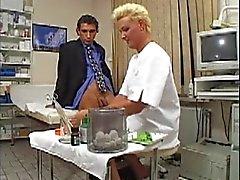 Duitse Milf Doctor