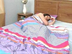 Schlafen Engel wird von Jungen für Sex erwacht