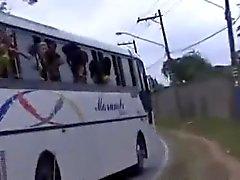Определение пола на бразильский оргии автобусе
