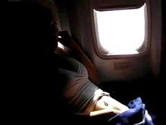pornthey - hot milf maka fingersättning själv den kommersiell flygplan
