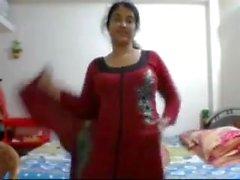 Bangladeshi Sensation julia auf cam nackt zeigen 2