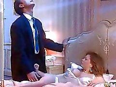 L'épouse Bosss N'est dans un profond sommeil