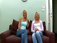 Sexagem agente falso com duas loiras