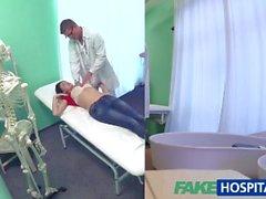 FakeHospital sexy di dei pazienti russo bisogno grossa nerchia ben dura da prescrivere