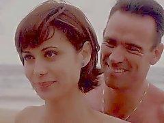 Catherine Bell JAG da S05 E15 bikini blu