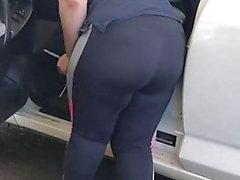 Car wash bbw yoga pants no see thru no vpl but insee