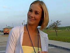 Blonde lindo la mama del fútbol