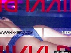 XXX Superstars Nikki Benz ve Phoenix Marie Lick Pussy