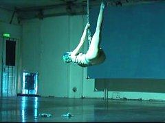 sí la servidumbre y suspensiones de bailarina al Shibari