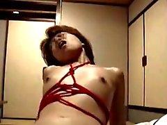 Leikkivät japanilaiset Vaimo