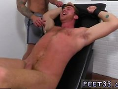Gay película porno Connor Maguire Movido de un tirón y Tickle d
