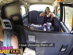 Kadın Sahte Taksi Dildo sıcak lezbiyen dövmeli bebek yapar