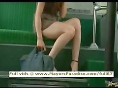 Río unschuldige Chinesen Mädchen in den Bus gefickt zu
