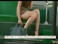 Rio onschuldige Chinees meisje is fucked op de bus