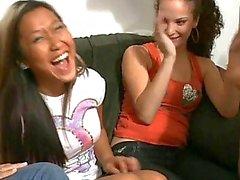 Возбужденный пьяных девушки